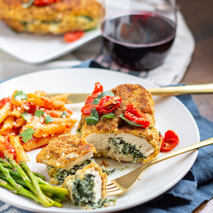 Ricotta And Spinach Stuffed Chicken Breasts Thekittchen