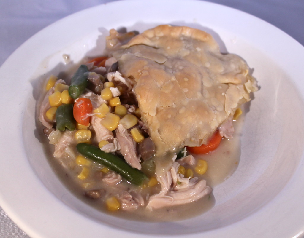 turkey pot pie with thanksgiving leftovers