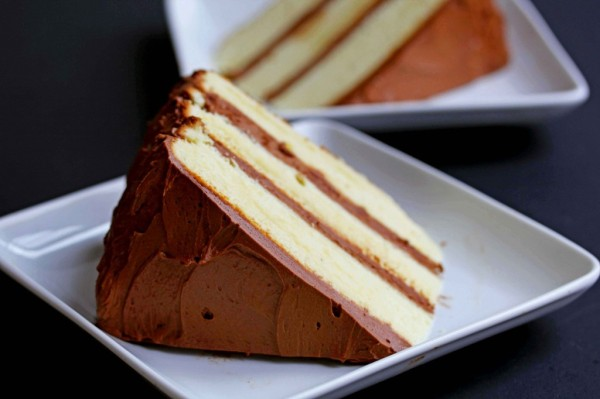 yellow-cake-chocolate-frosting-51-1024x682