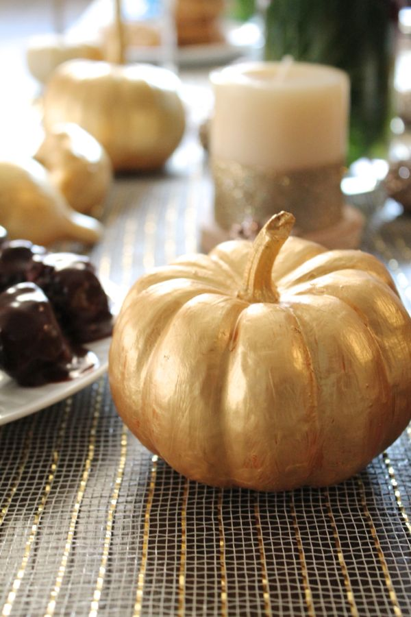 Elegant Thanksgiving Tablescape
