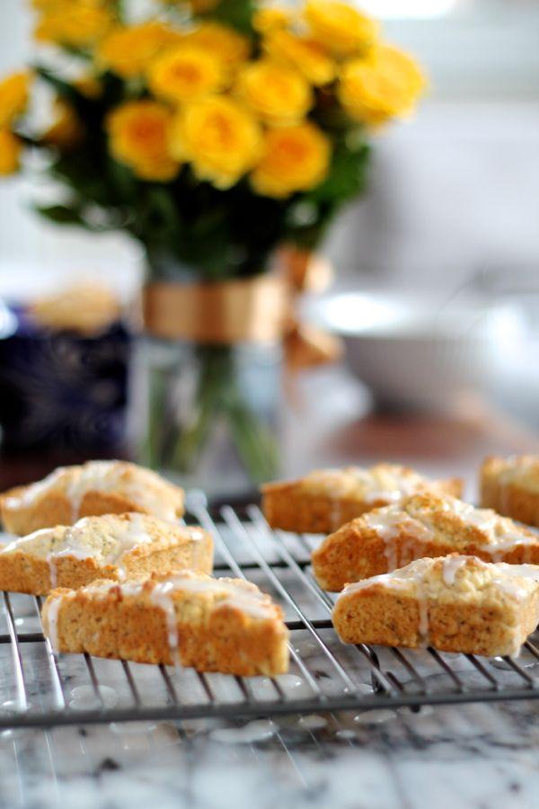 Lemon Poppy Seed Scones | lemon flavored scones with a sweet and tart glaze