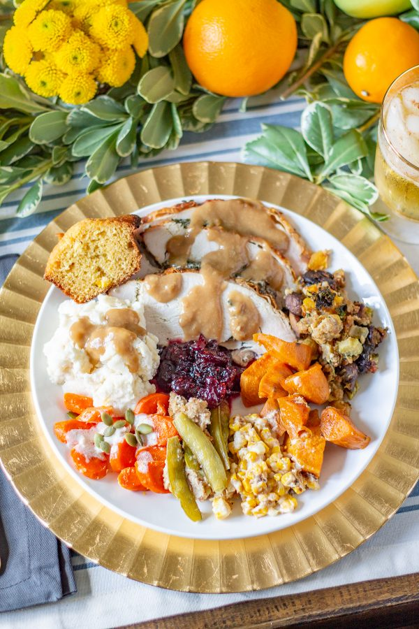 How to Make Thanksgiving Gravy | Learn how to make gravy from pan drippings. This easy method for preparing gravy makes the best gravy!
