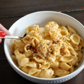 Creamy Cheddar Mac and Cheese