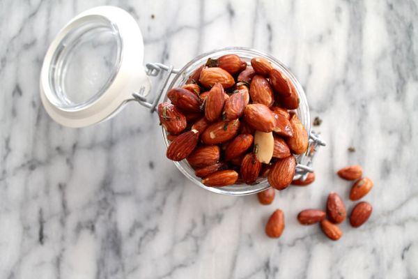 Brown Butter, Sage, and Rosemary Roasted Almonds via The Kittchen (horizontal)
