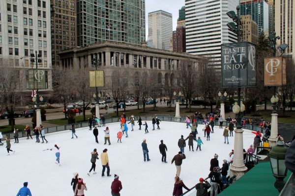 Ice Skating in Millenium Park (from above)