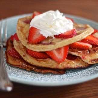 Lemon Ricotta Pancakes with Strawberries