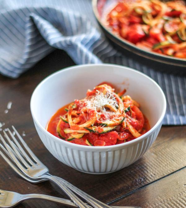 How to Make Zoodles (Zucchini Pasta) via The Kittchen-10