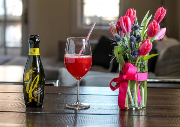 Raspberry Peach Prosecco Cocktail-2