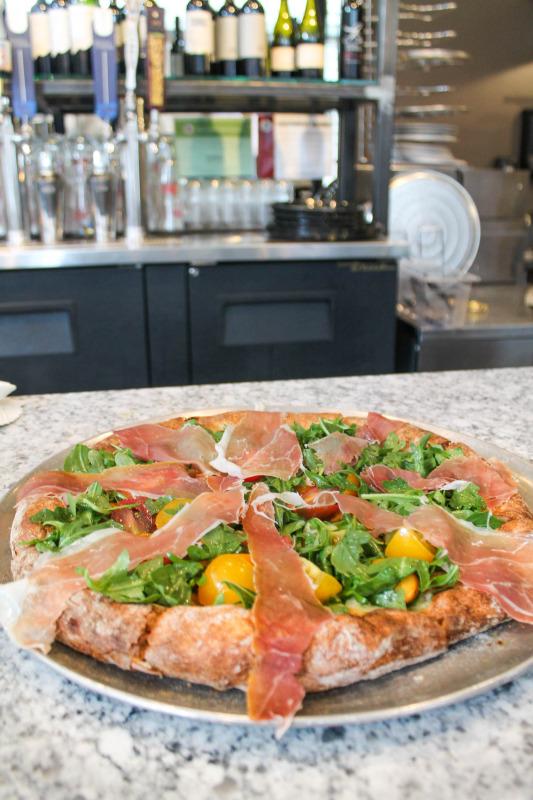 Robert's Pizza-7