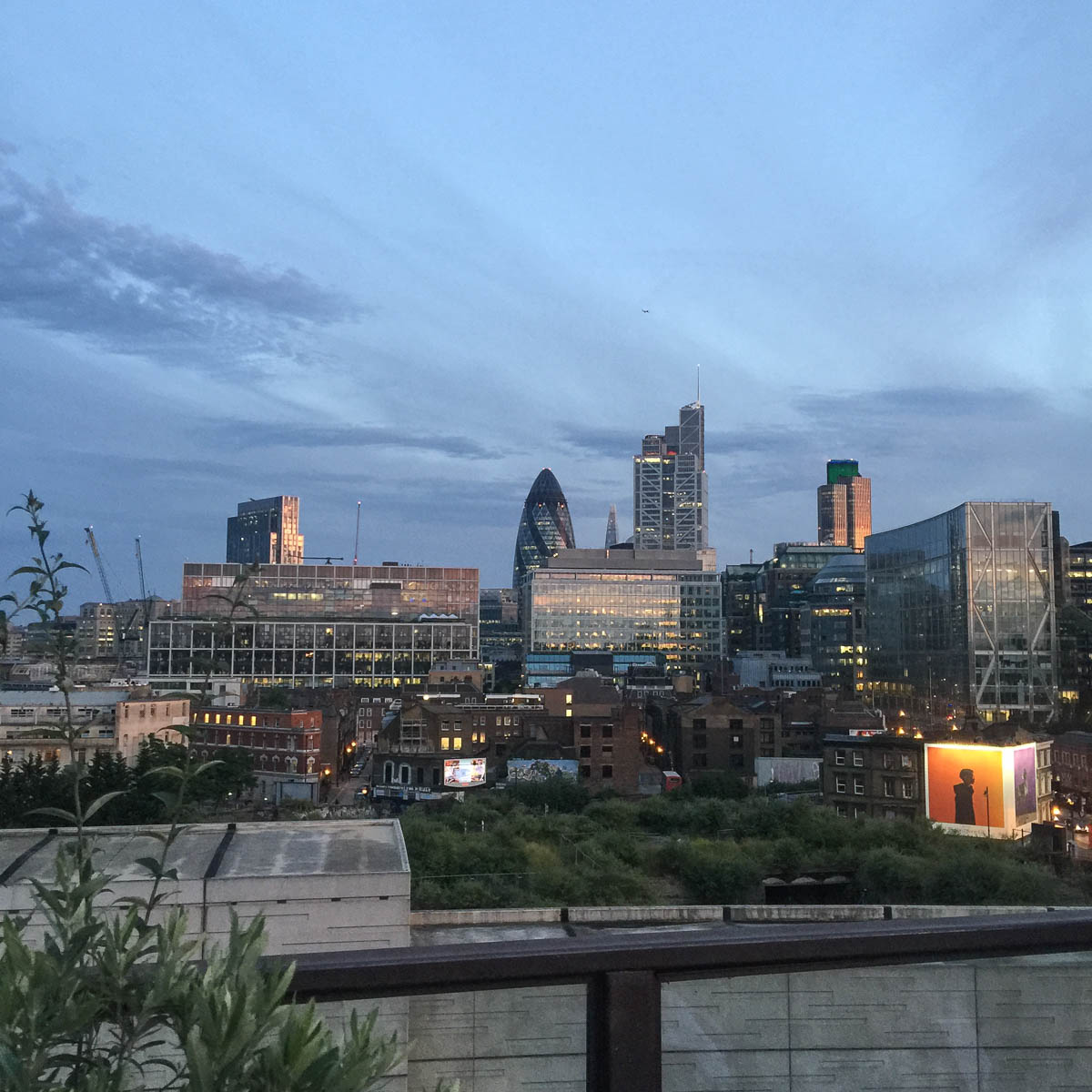 Cool Places In London For Lunch: Exploring Shoreditch London