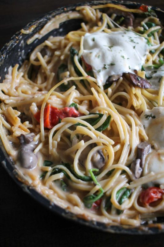Easy One Pot Meals - White Wine Pasta Skillet - This pasta is cooked in a bottle of white wine!