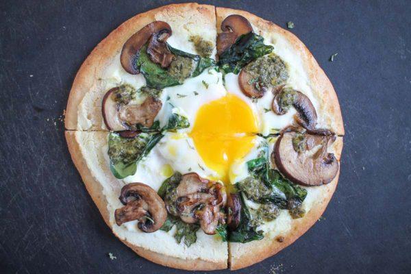 Breakfast Pita Pizza-3
