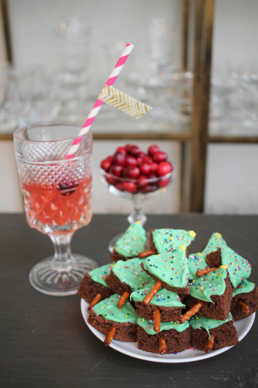 christmas-tree-brownie-bites-9