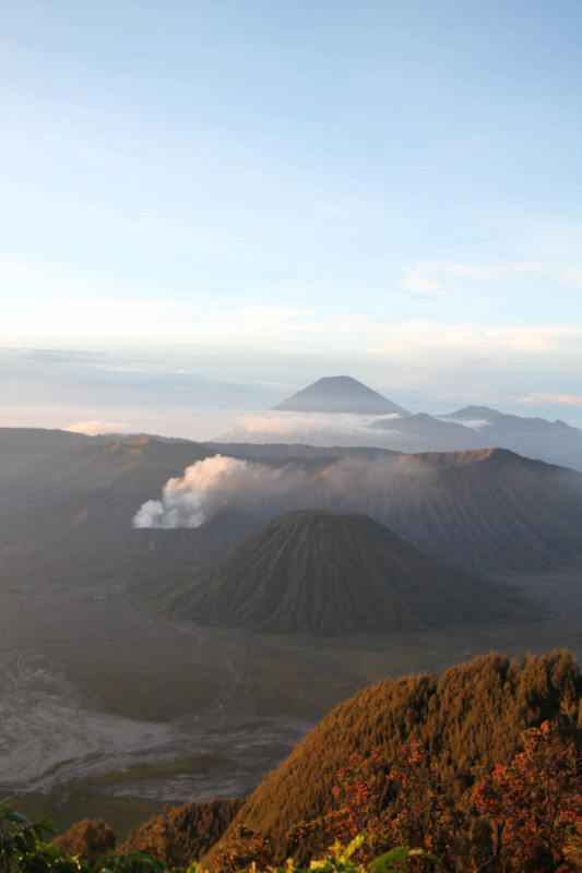 Mount Bromo | How to get to Mount Bromo and a complete travel guide.