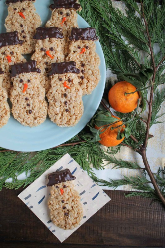 How to make snowmen rice krispie treats.