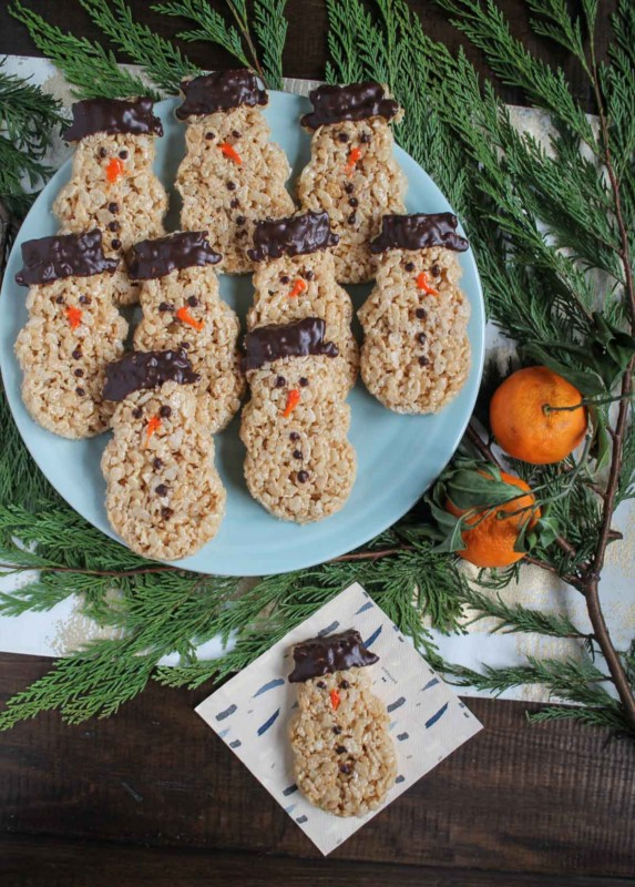 snowmen-rice-krispie-treats-7
