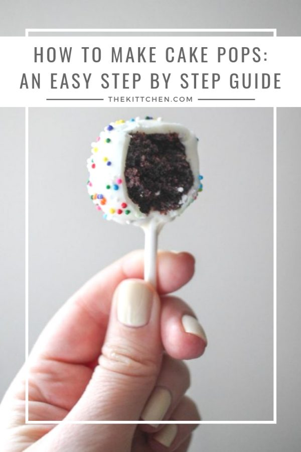How To Make Cake Pops - This recipe shows the easiest way to make this fun dessert! #cakepops #dessert