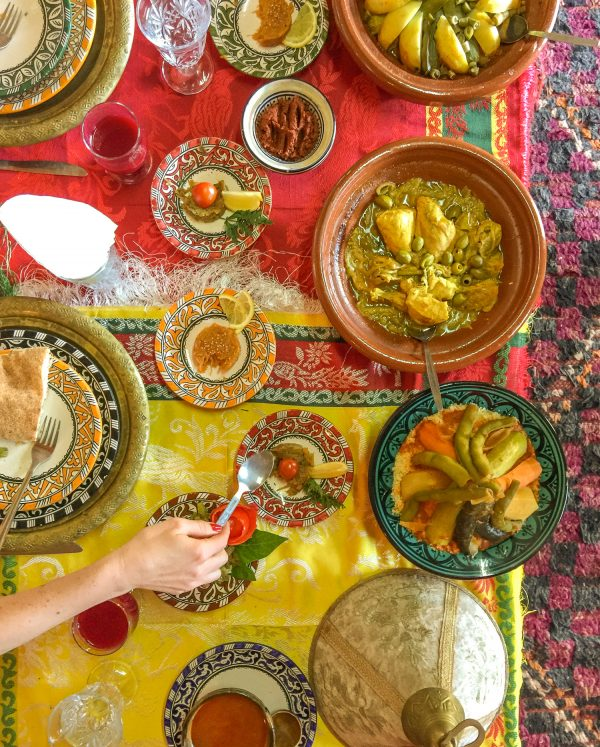 Tips for Not Getting Food Poisoning While Traveling