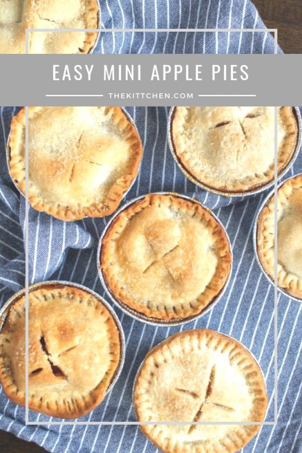 Mini Apple Pies | These mini apple pies are a fun twist on classic apple pie and the individual serving size makes them easy to serve!