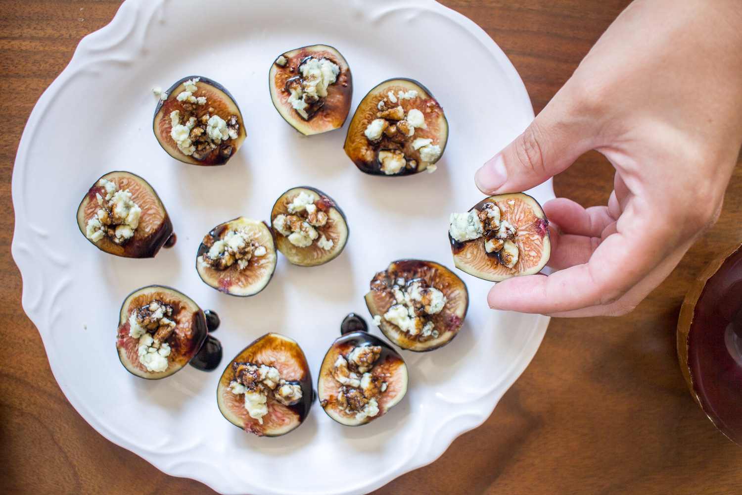 Figs With Blue Cheese And Balsamic Reduction Thekittchen