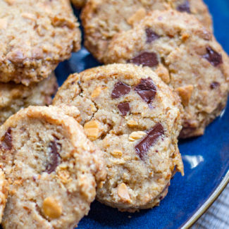 Brown Butter Pretzel Shortbread Cookies with Chocolate and Butterscotch Chunks