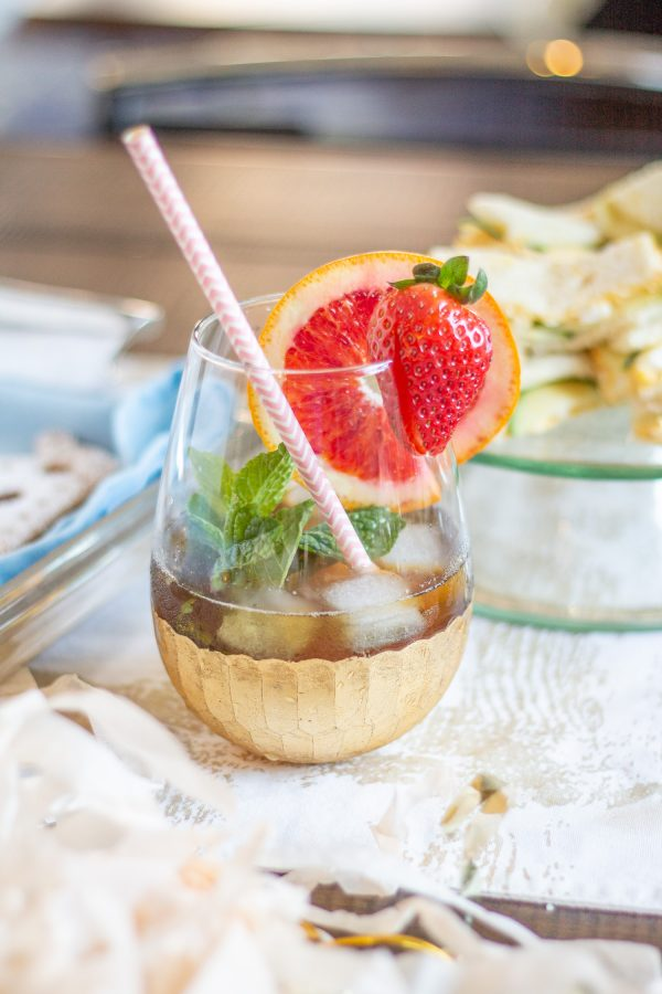 Strawberry Sparkling Pimm's Cocktail | Cocktail with strawberry puree, Pimm's and prosecco - perfect for a party!