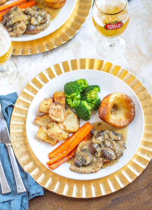 How to make a Sunday Roast   A traditional Sunday Roast consists of roasted meat, gravy, roasted potatoes, vegetables, and Yorkshire Pudding. Get a full Sunday Roast menu right here.