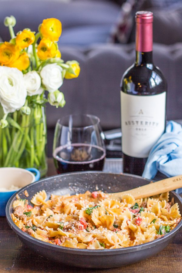 Sweet and Spicy Sausage and Farfalle is a 20 minute dinner recipe that I grew up eating, and fell in love with again as an adult. It is one of the easiest recipes you can ask for, and the speedy preparation time makes it a perfect weeknight dinner option.
