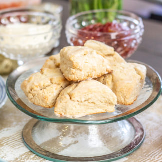 Easy Vanilla Scones
