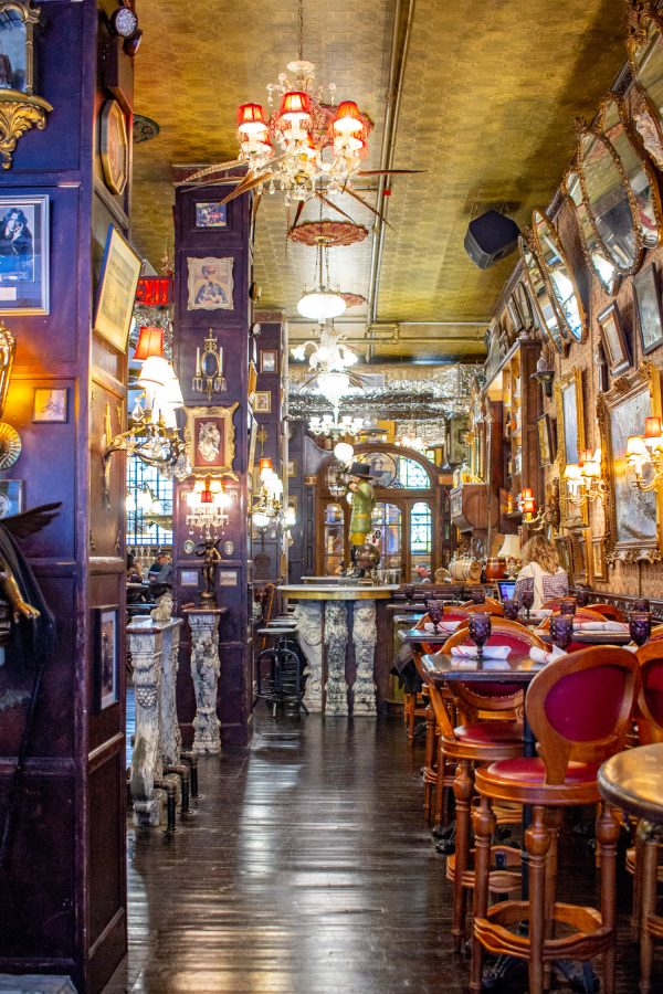 What to do in Union Square NYC | Oscar Wilde Bar
