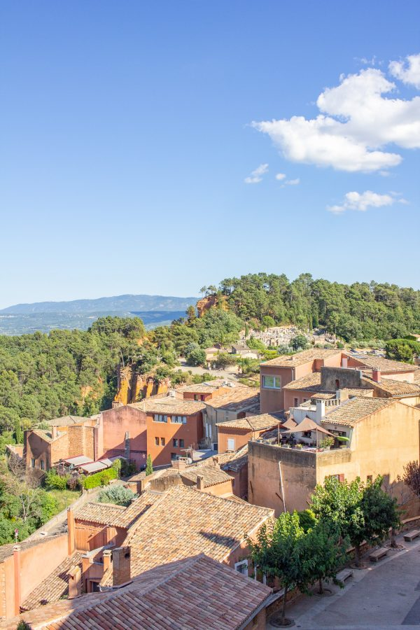 villages to visit in provence roussillon 5