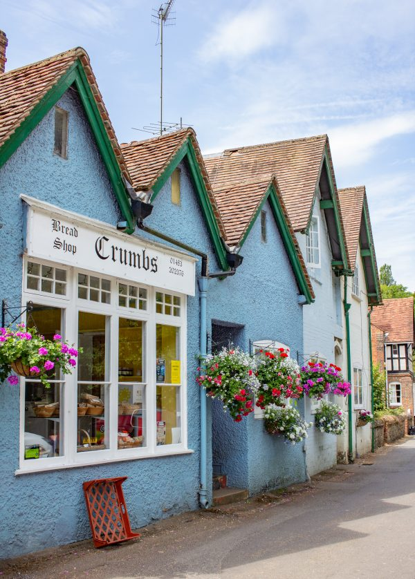 the holiday filming locations shere 9