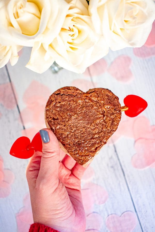 Valentine's Day Ice Cream Sandwiches | These ice cream sandwiches made with Hudsonville Ice Cream and boxed brownie mix are a perfect Valentine's Day Dessert.