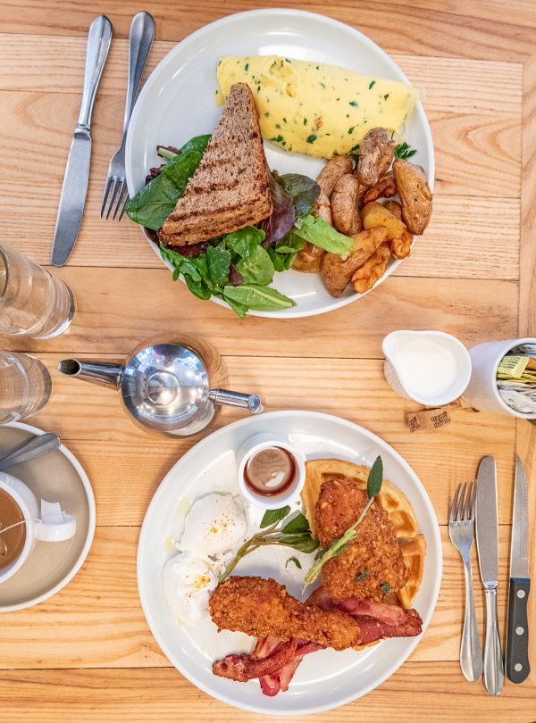 What to do in Greenwich Village and Chelsea | A NYC neighborhood travel guide - Empire Diner Brunch Chelsea