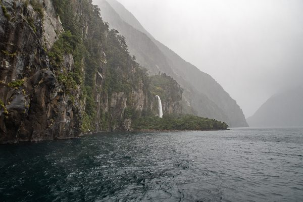 New Zealand 28