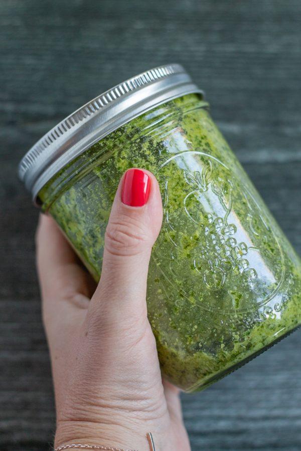 How to Make Classic Pesto 3