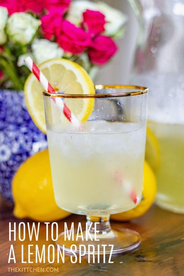 Lemon Spritz | A Lemon Spritz is the Amalfi Coast's answer to an Aperol Spritz. This refreshing 3 ingredient cocktail is easy to make and perfect for summer!