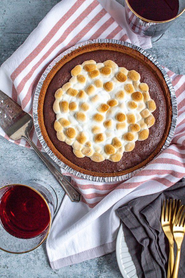 Molten Chocolate Brownie Smores Pie 10