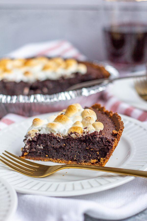 Molten Chocolate Brownie Smores Pie 5