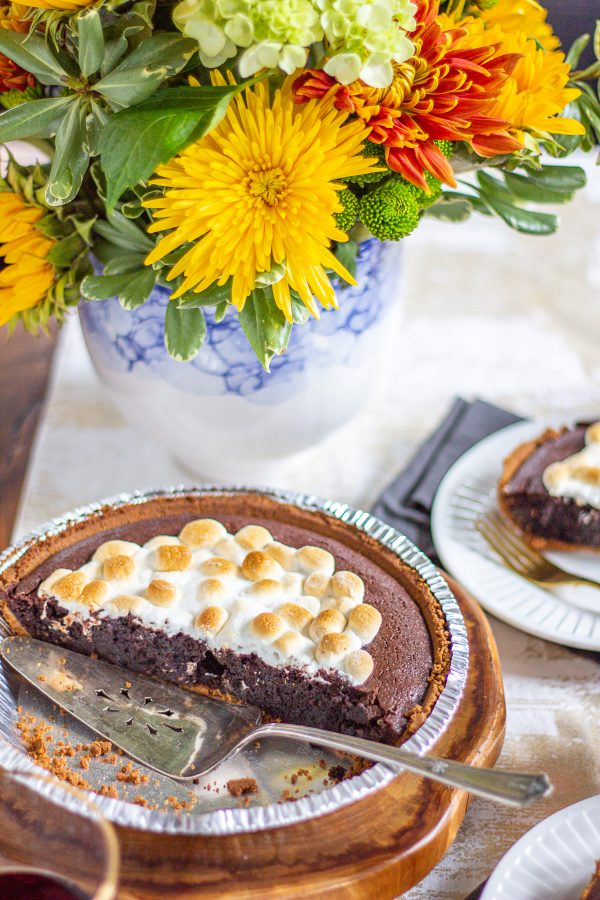 Molten Chocolate Brownie Smores Pie 9