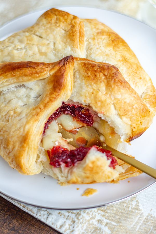 Baked Brie with Cranberry Chutney 3